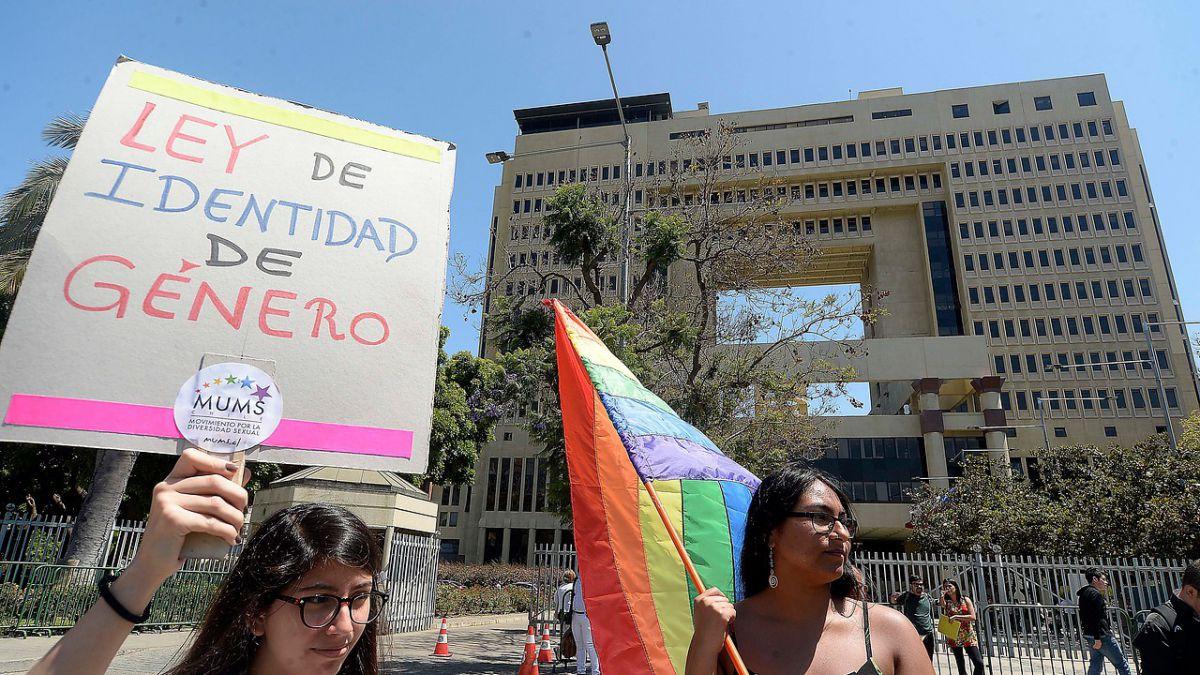 Diputados aprueban proyecto de ley de Identidad de Género