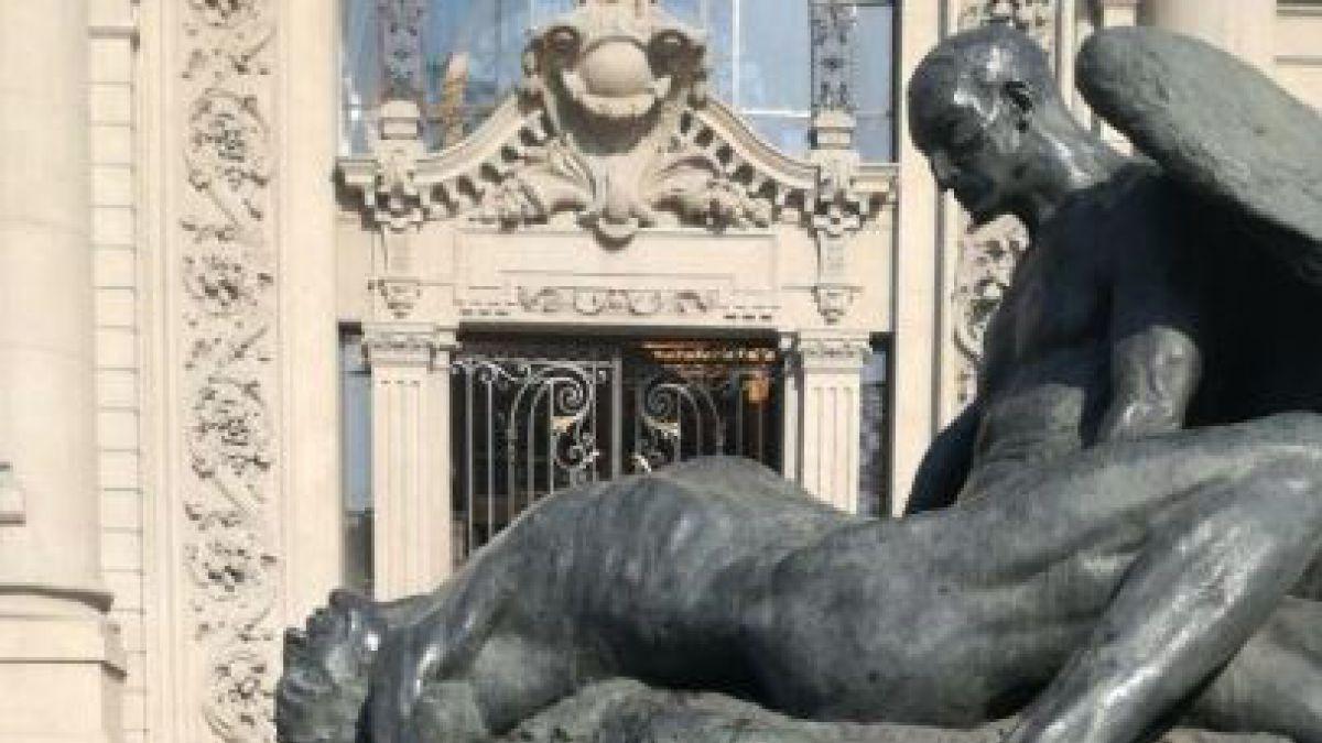Organización de Fórmula E financiará la restauración de escultura