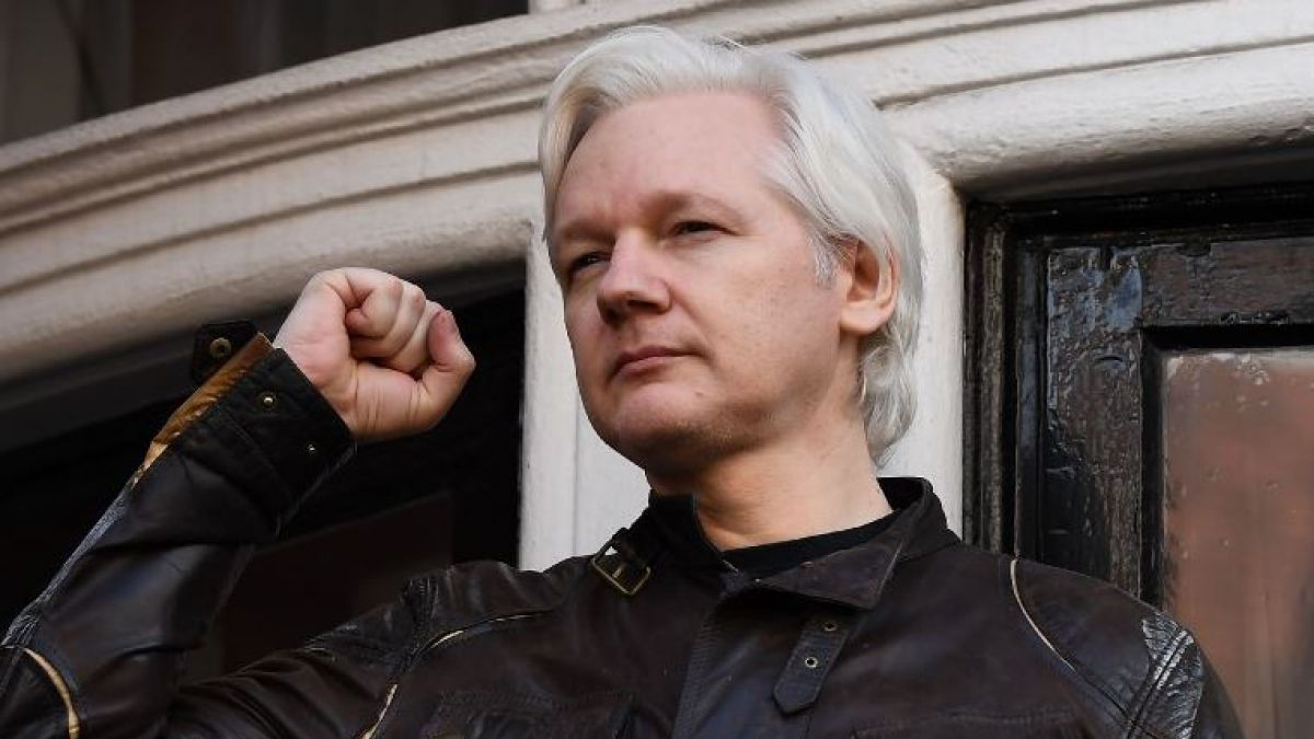 Assange pierde intento de cancelar orden de arresto en su contra