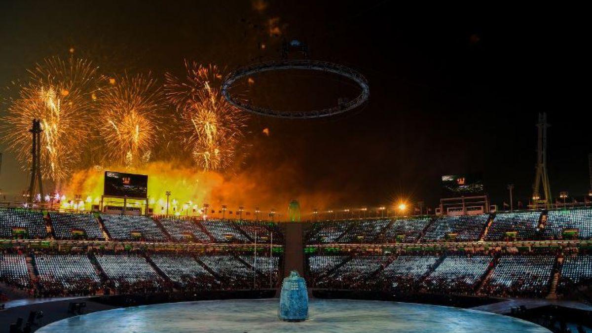 Con una colorida ceremonia y fuegos artificiales se inauguraron los JJ.OO. de Invierno