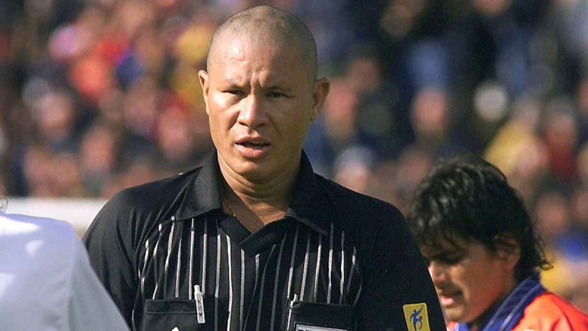 Fallece Lucien Bouchardeau, el recordado árbitro del Chile-Italia en Francia 1998