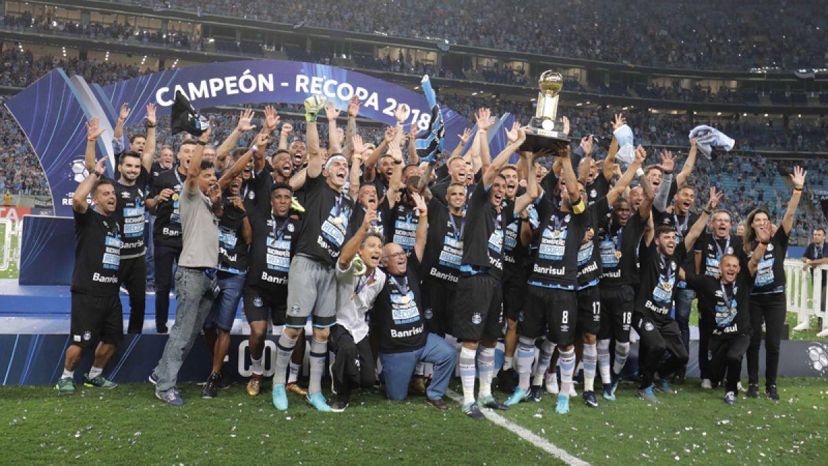 Gremio campeón de la Recopa Sudamericana tras vencer a Independiente en penales