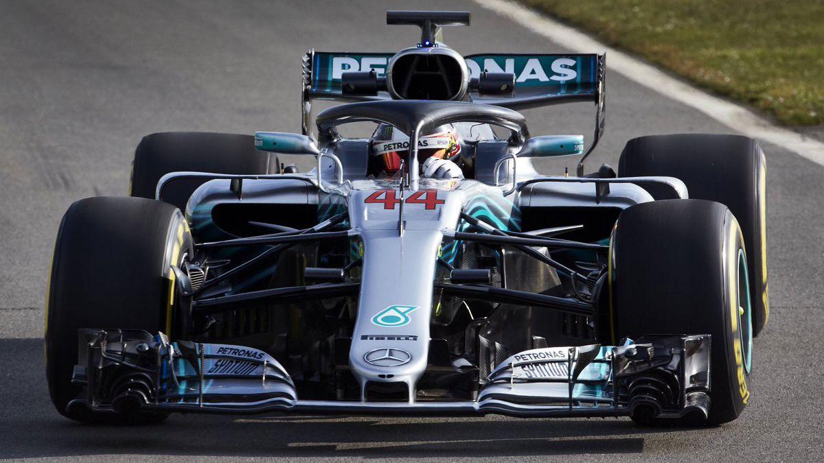 Mercedes presentó su monoplaza para 2018
