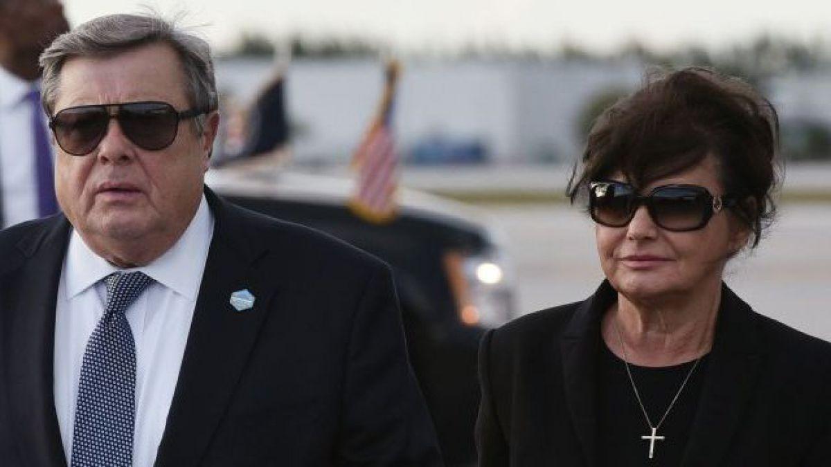 Después del tiroteo en Florida, Trump prohibiría accesorios que modifican armas