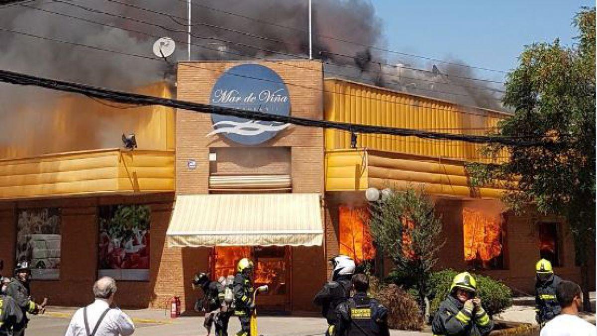 Se incendia restaurante Mar de Viña en Providencia