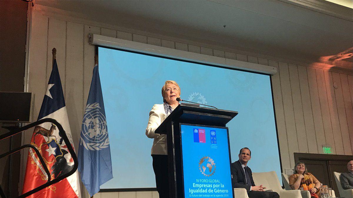 Bachelet: Derribar las desigualdades de género en el mundo del trabajo es un imperativo ético