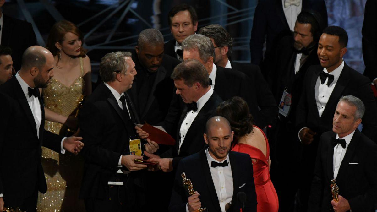 Presentadores de Mejor Película repiten en gala de Premios Oscar