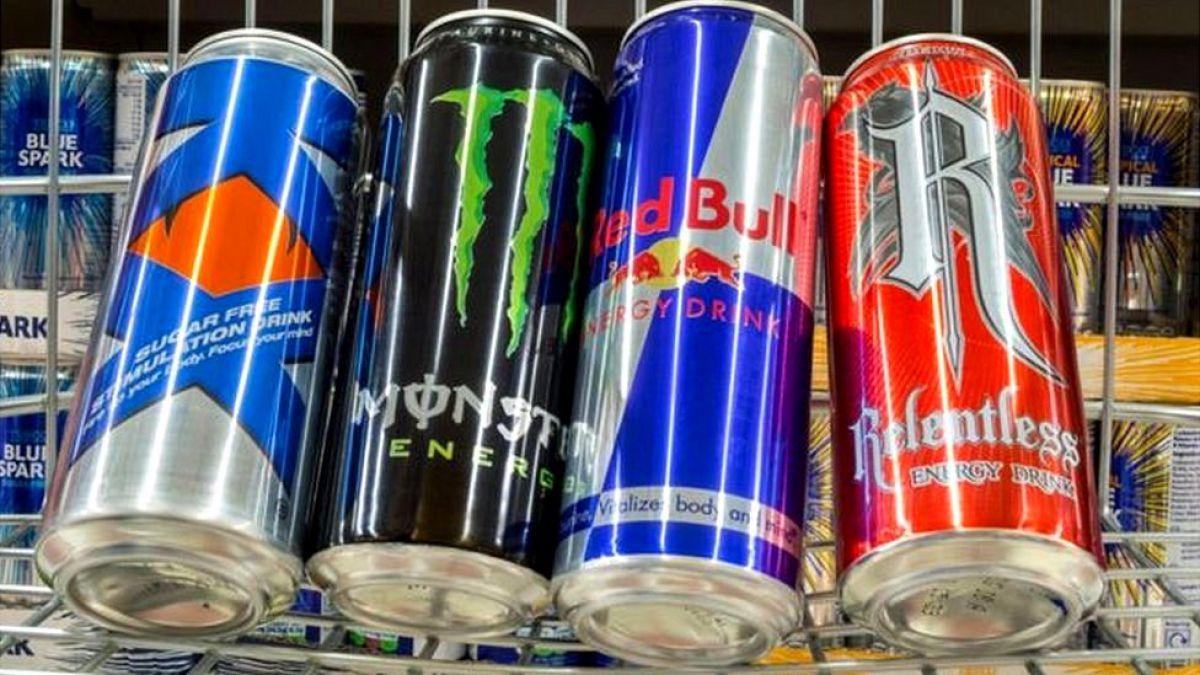 Principales supermercados británicos han prohibido venta de bebidas energéticas a menores de 16 años