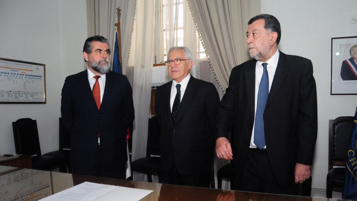 Ubilla asume como subsecretario del Interior e inicia traspaso de mando