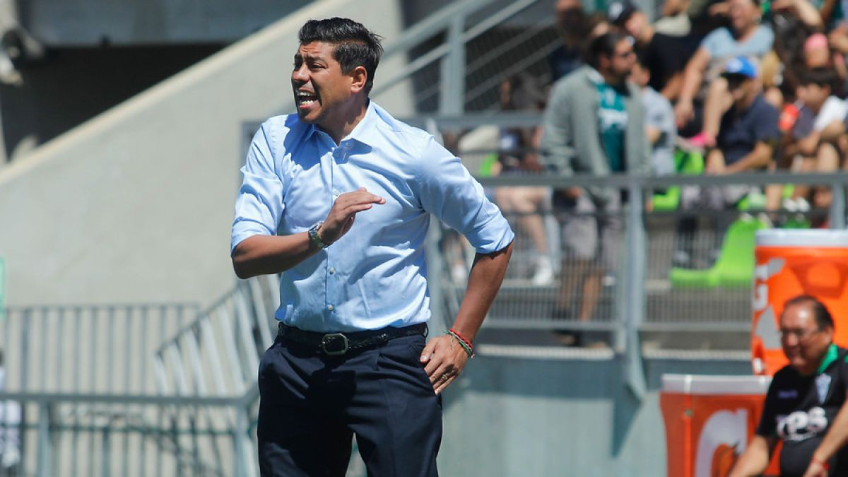 """Córdova niega su renuncia a Wanderers: """"Podemos dar vuelta esta situación"""""""