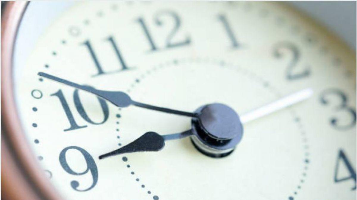 Cu ndo se realiza el cambio de hora tele 13 for Horario ministerio del interior