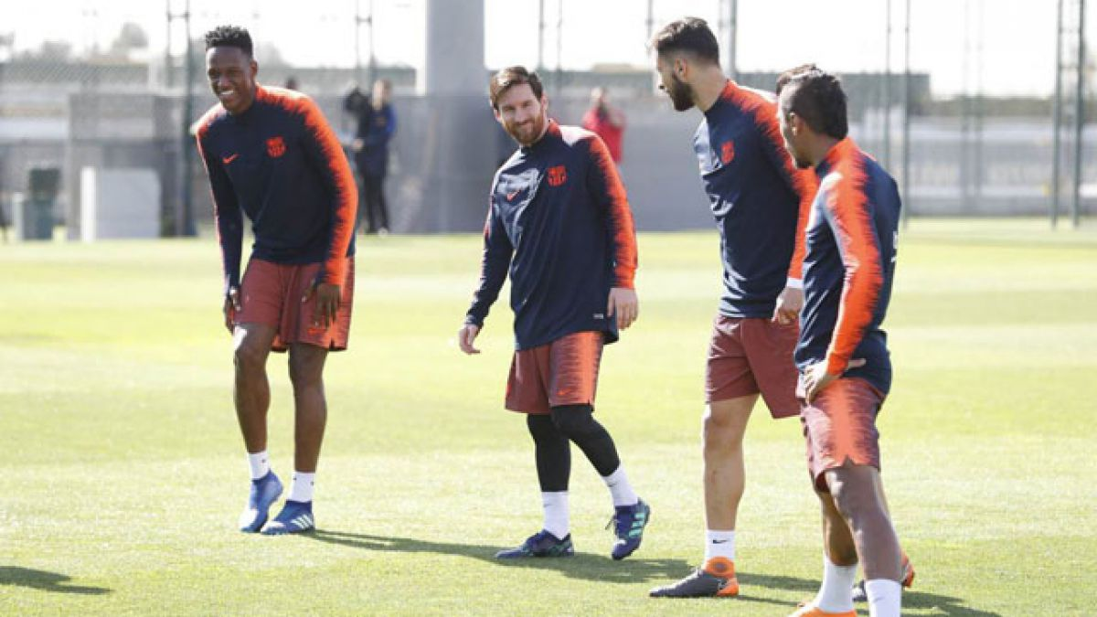 Messi participó en una parte del entrenamiento del Barcelona