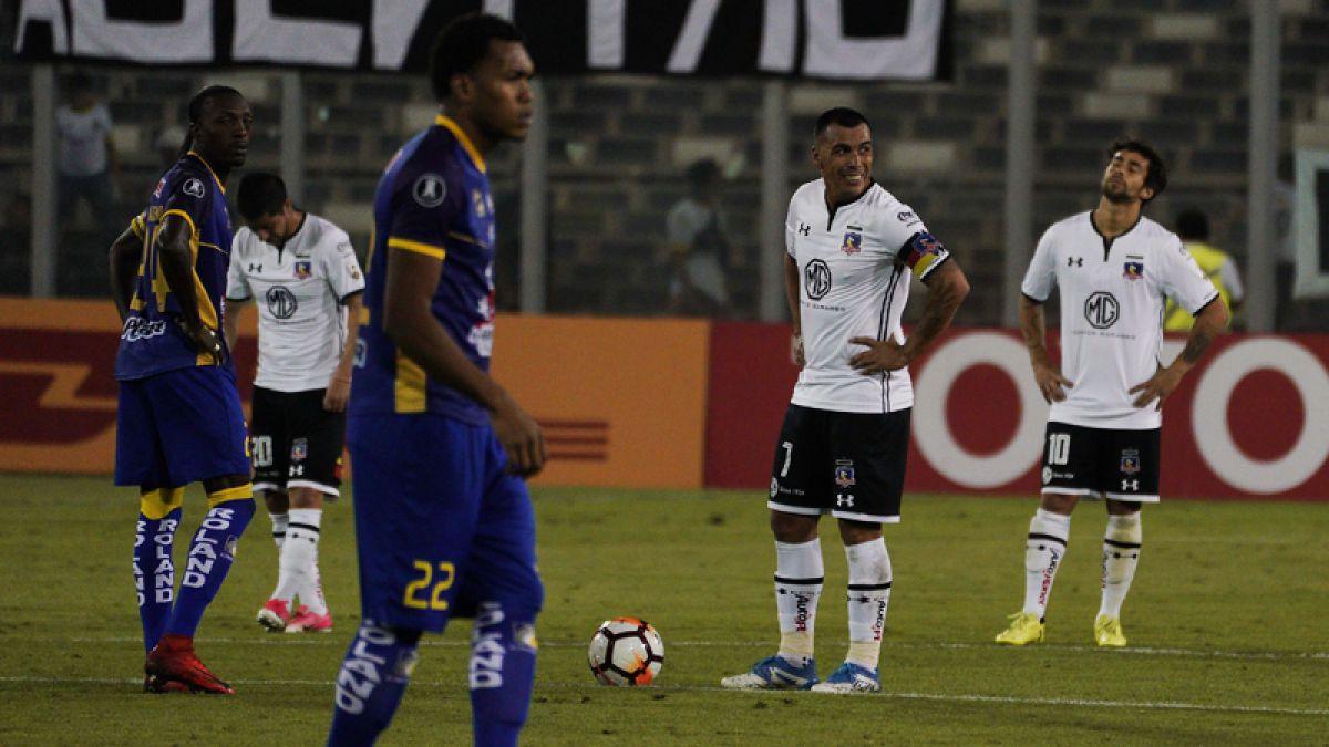 Guede sigue sin ganar: Colo Colo es sorprendido y cae ante Delfín por la Libertadores
