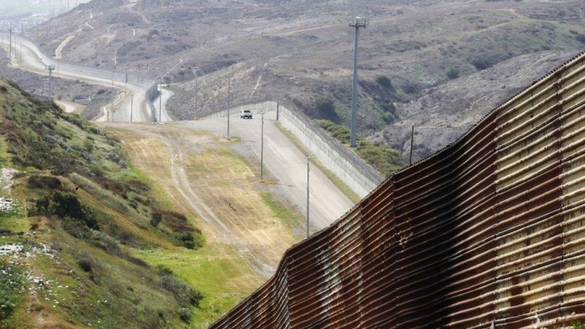 Texas inicia el despliegue de tropas que pidió Trump en la frontera entre Estados Unidos y México