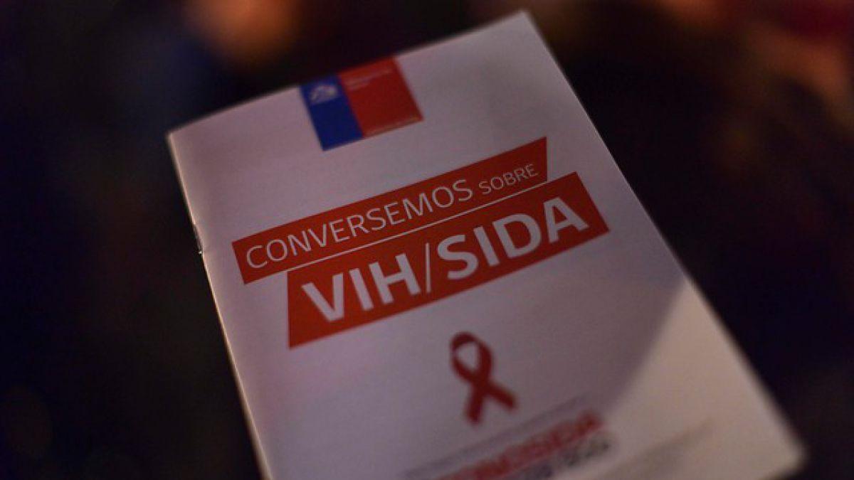 VIH: Casos han aumentado un 96% desde 2010 en Chile