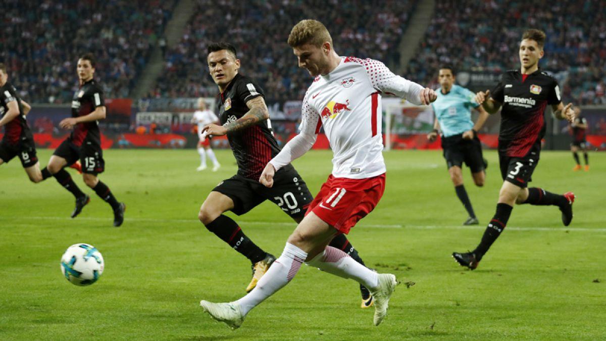 Leverkusen golea 4-1 al Leipzig y regresa a puestos de Champions