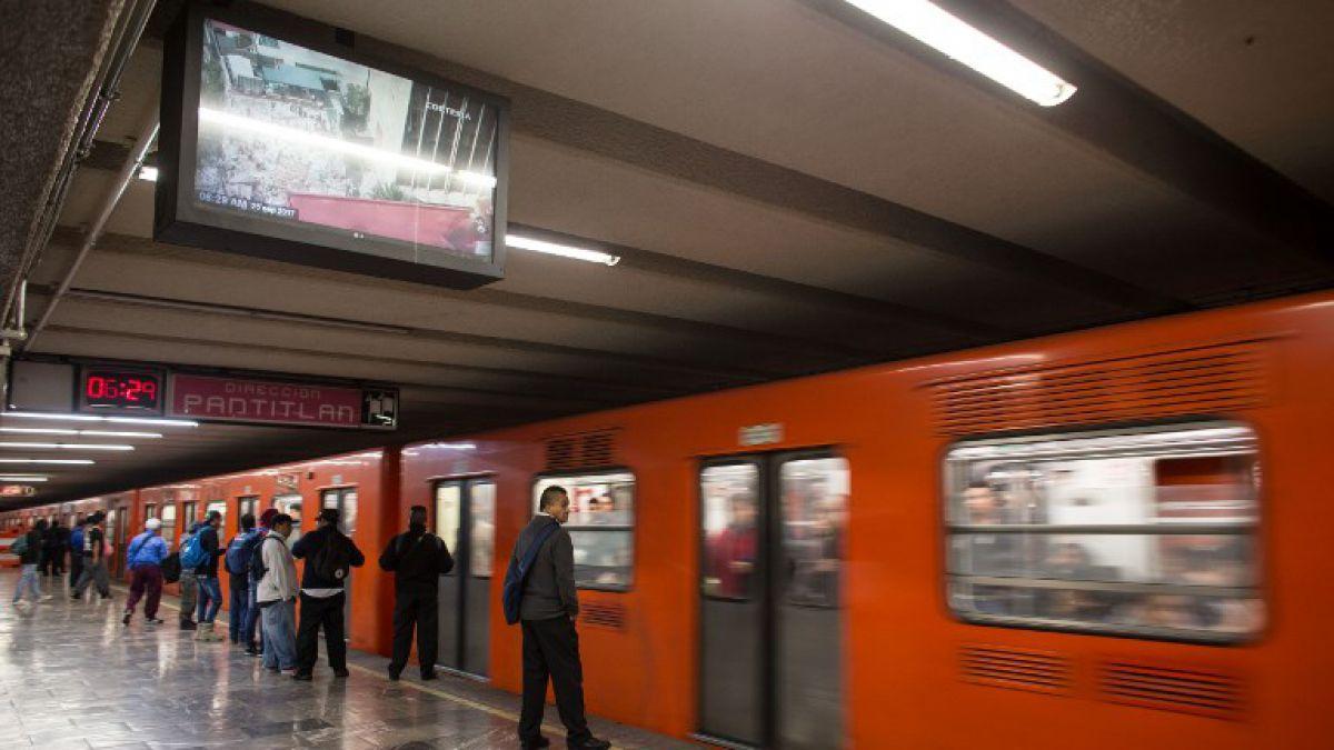 [VIDEO] Metro de México: Idea permite que usuarios cumplan el anhelado deje bajar antes de subir
