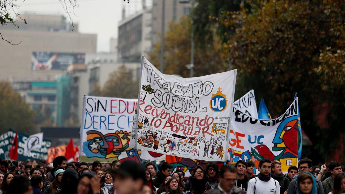 Conoce Los Desvios Que Habra En Santiago Por La Primera Marcha Estudiantil Del Ano