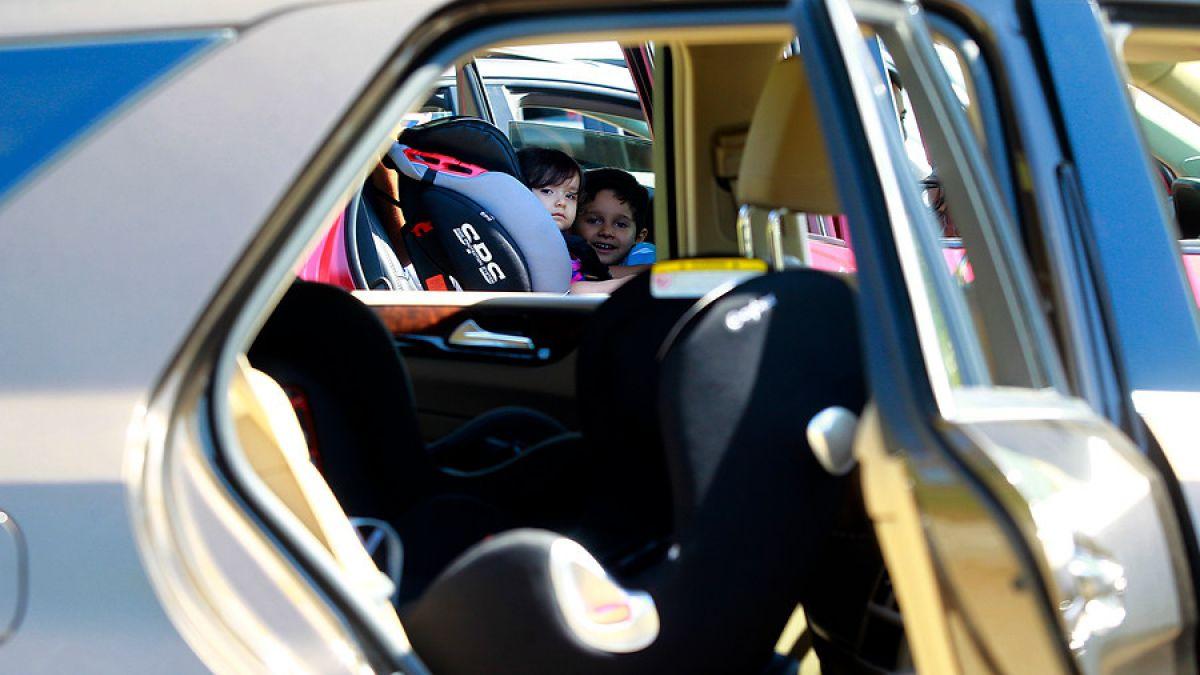 f18ed3b44 Se duplican las multas por no usar sillas para niños en autos: ¿Qué sistema