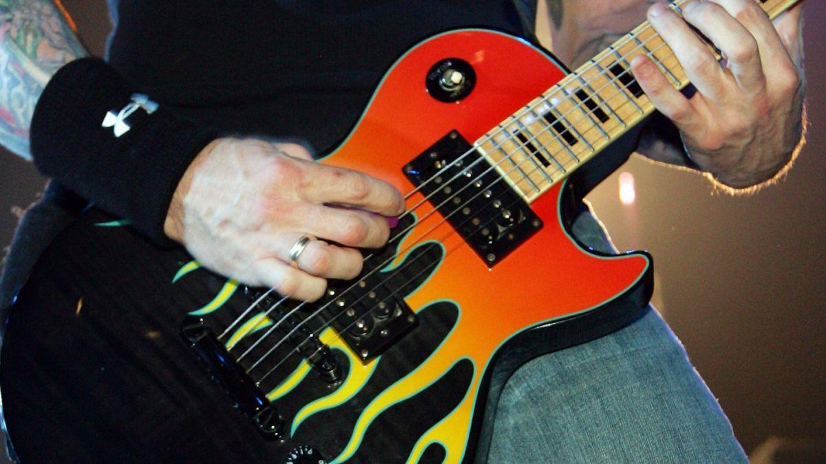 Por qué Gibson, la icónica empresa de las guitarras de Elvis o Jimmy Page, se declaró en bancarrota