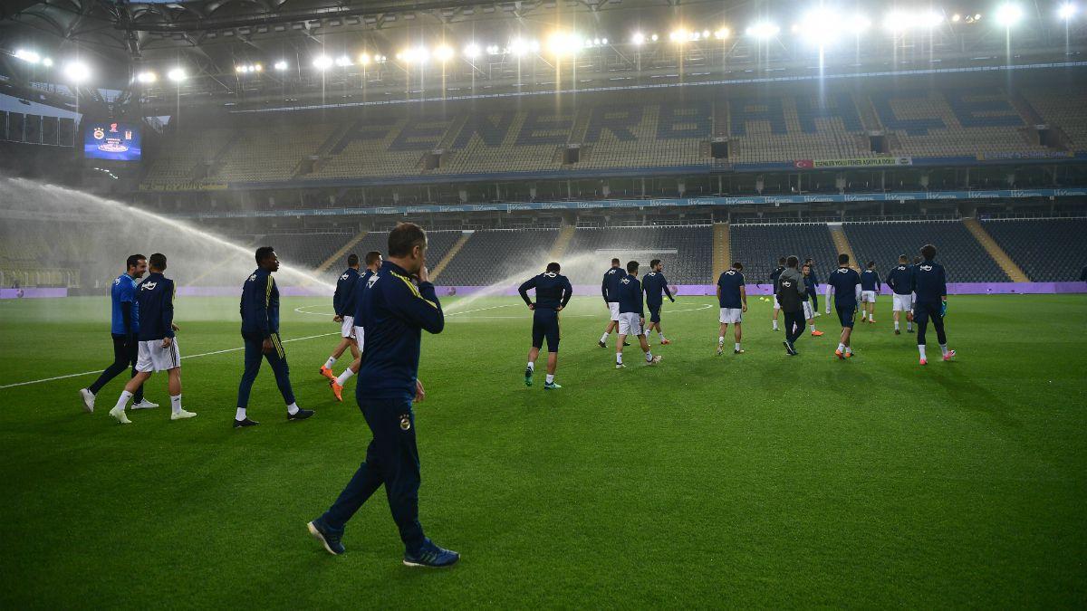 Confirman sanción a Besiktas de Medel en Copa de Turquía