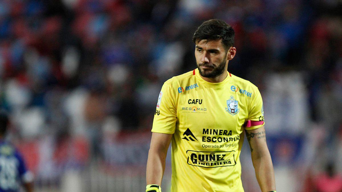 Antofagasta recurre a la FIFA para que Paulo Garcés pueda jugar ante Colo Colo