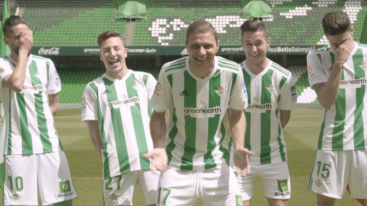 [VIDEO] Spot para la risa: Los divertidos chascarros de estrellas del fútbol español