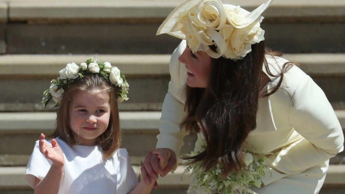 [FOTOS] La Princesa Charlotte se robó la atención de todos en la boda real