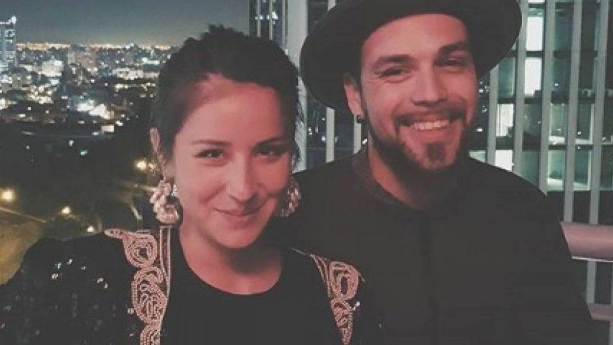 [VIDEO] Denise Rosenthal sorprende en el escenario con canción junto a su pareja
