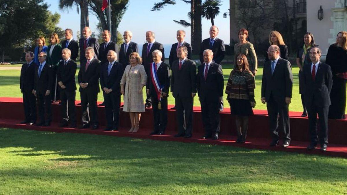 [Minuto a Minuto] Piñera se toma foto oficial previa a la Cuenta Pública junto a su gabinete