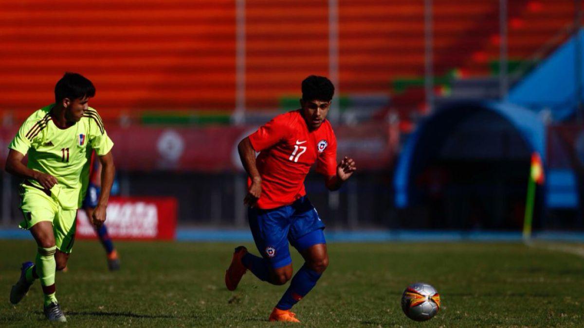 [VIDEO] Chile vence a Venezuela en fútbol y avanza de fase en Cochabamba 2018
