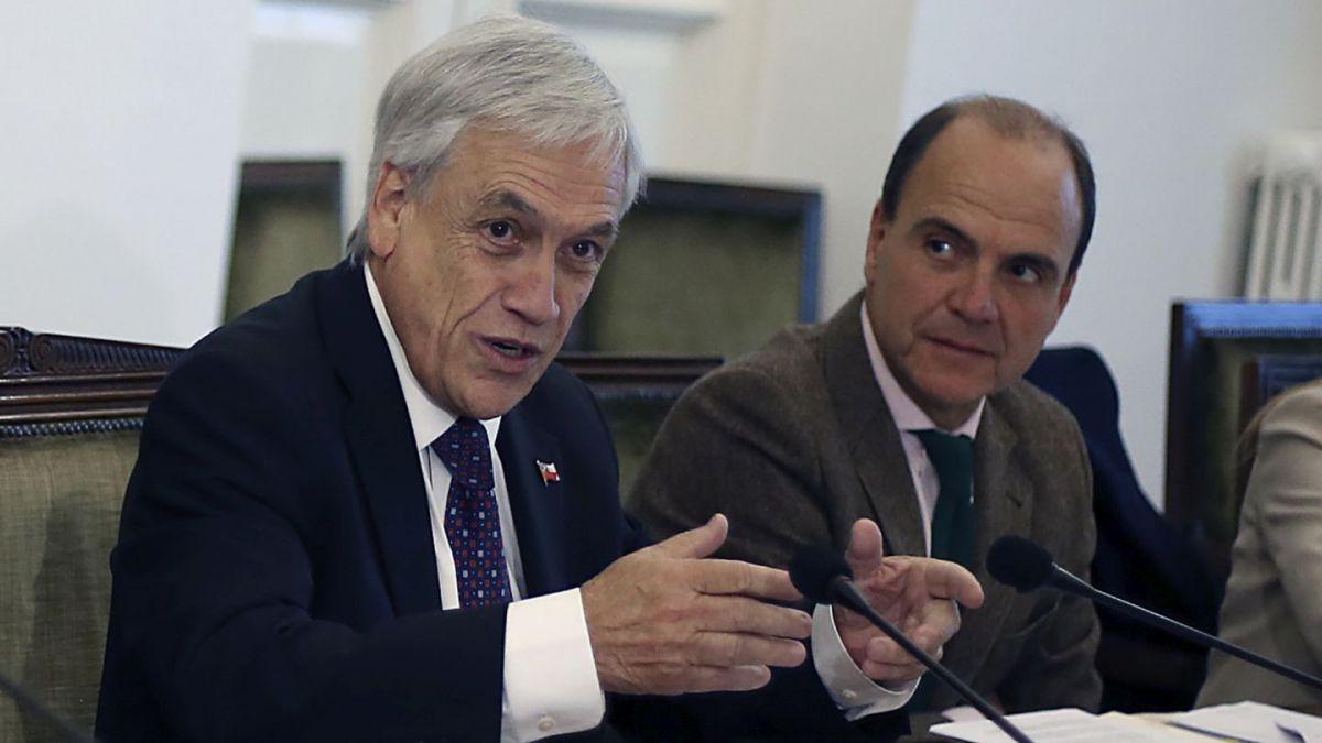"""Piñera valora recuperación del Imacec tras """"años de crecimiento muy anémico"""""""