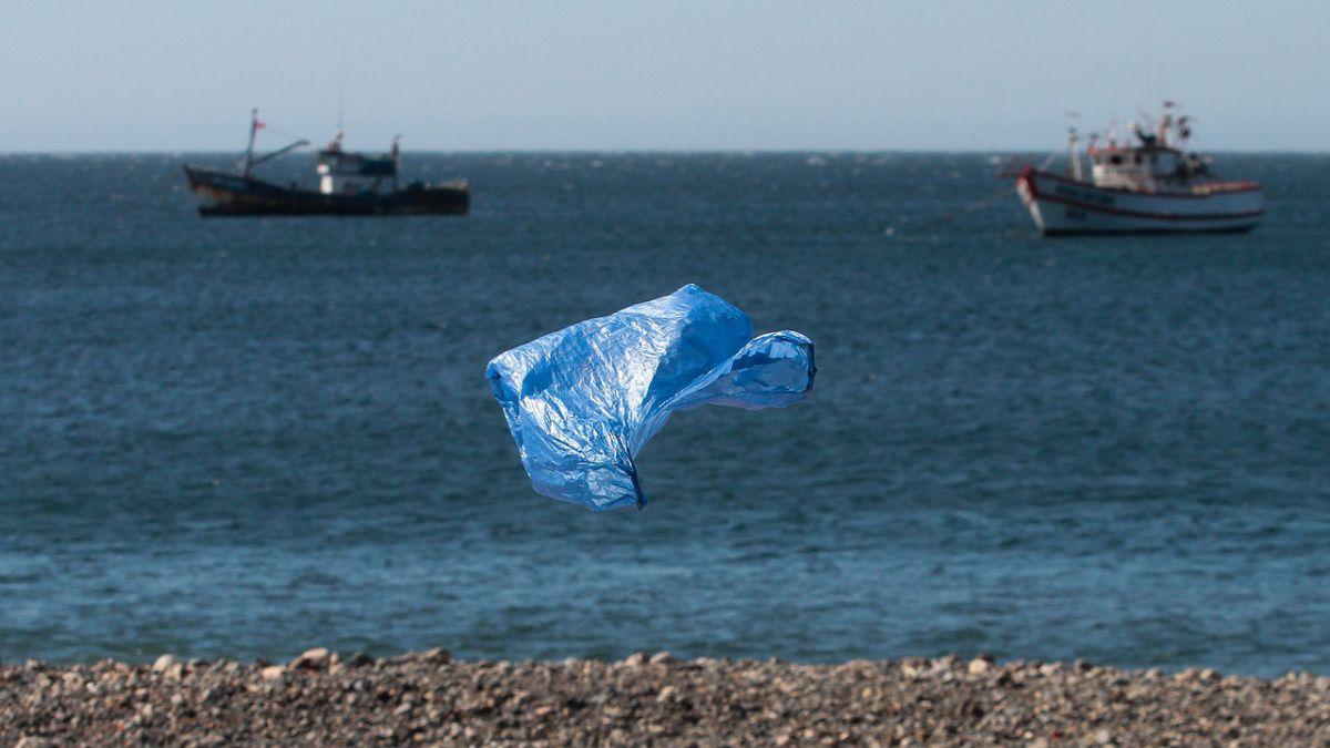 Perú y Costa Rica anuncian iniciativas para restringir plástico ...