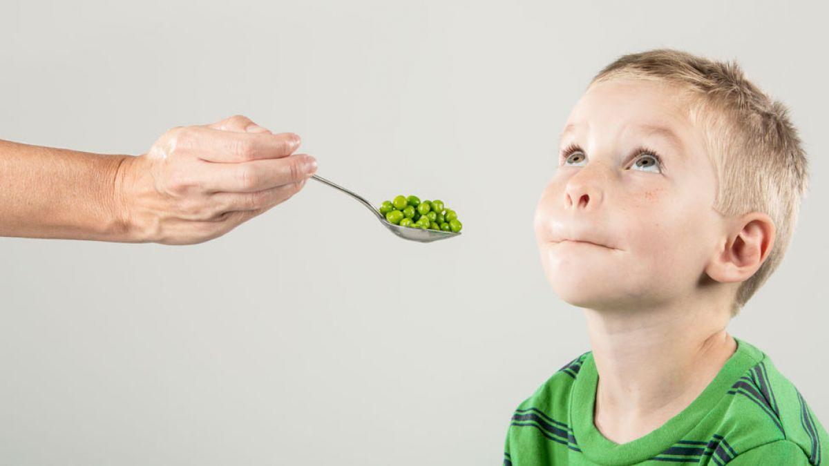 5 consejos para que los niños mañosos coman frutas, vegetales y ...