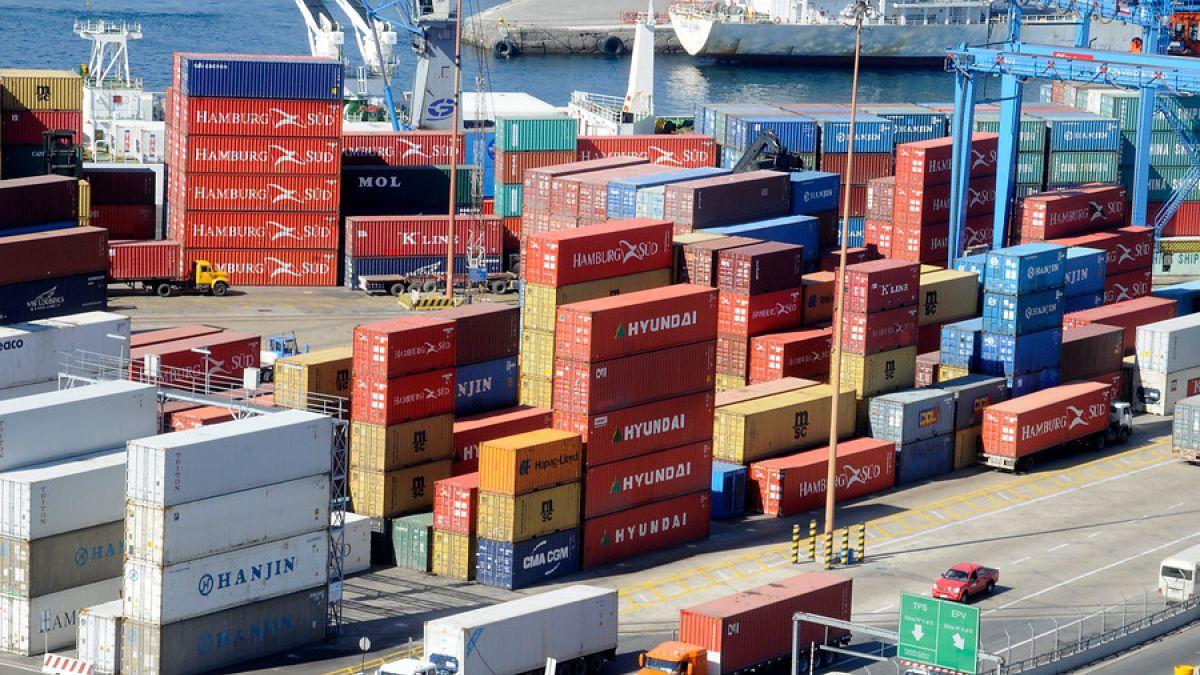 Más de mil trabajadores despedidos tras cierre de planta Maersk en San Antonio