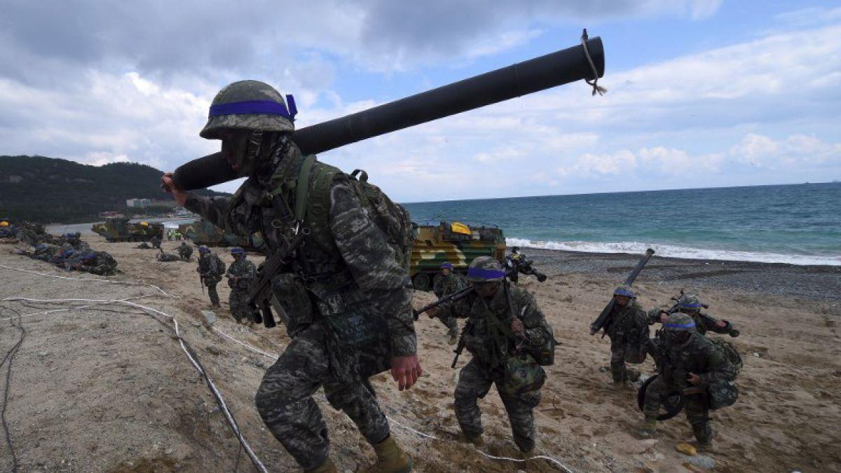 Suspende sus maniobras militares de agosto en península de Corea