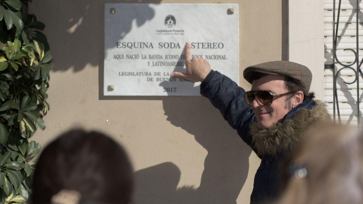 [FOTOS] ¡Insólito! Escriben mal nombre de Soda Stereo en placa homenaje en Buenos Aires