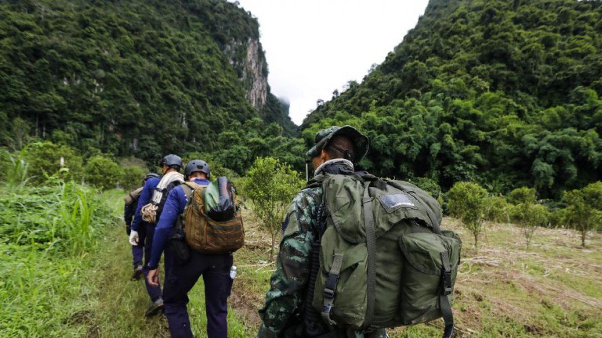 Rescate en Tailandia: Sexto día de búsqueda de niños en cueva | Tele 13