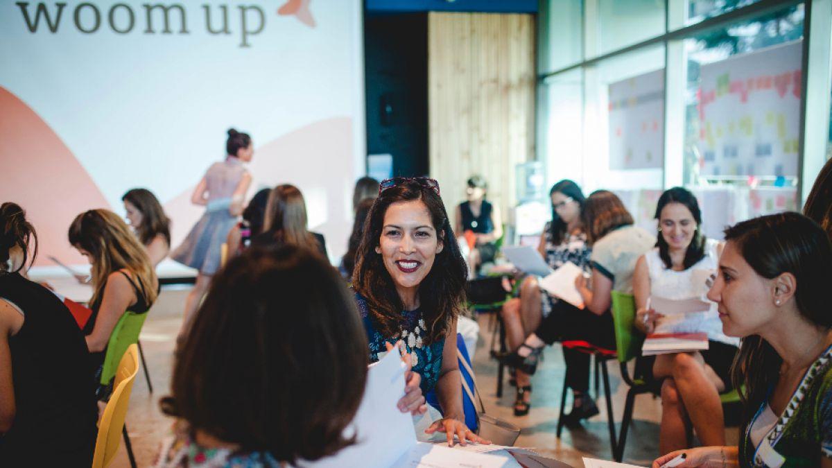 Emprendedoras son guiadas por mujeres líderes para desarrollar negocios exitosos