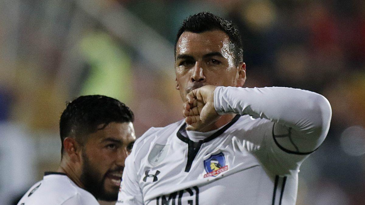 ¿Cuántos goles le restan a Esteban Paredes para ser el máximo goleador en Chile?