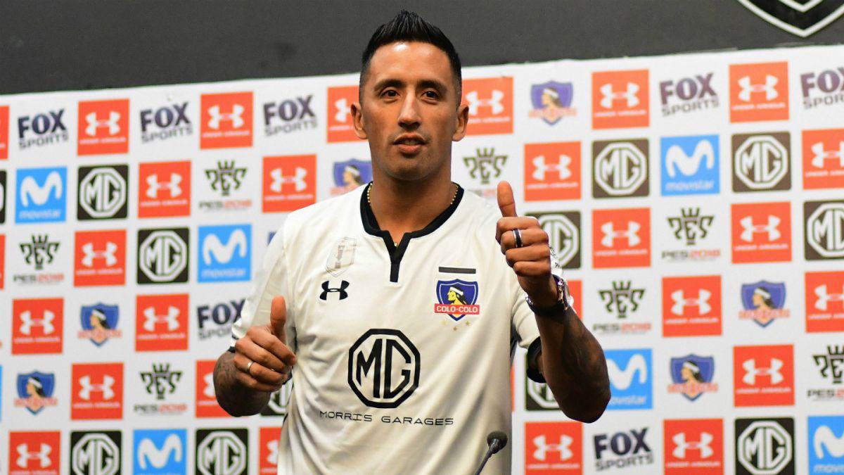 Lucas Barrios vivirá su reestreno en Colo Colo en amistoso ante Nacional de Uruguay
