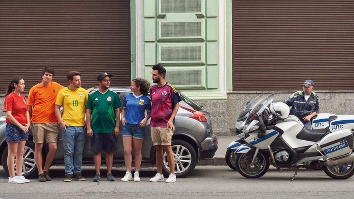 Rusia 2018: ¿cómo un grupo logró burlar la prohibición de símbolos gay en Moscú?