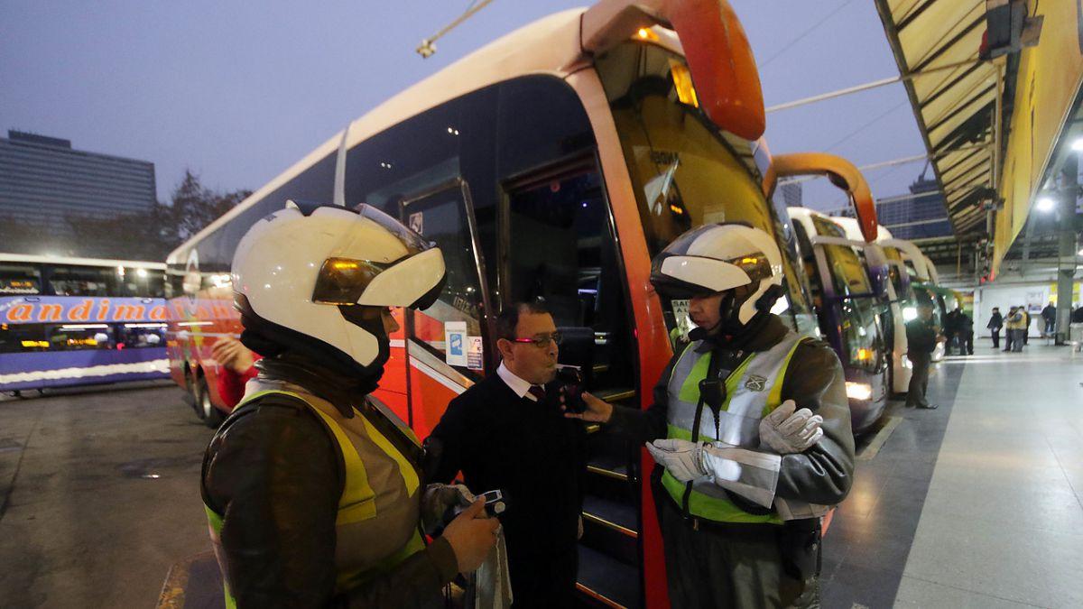 Ministerio de Transportes realizará controles a buses interurbanos por fin de semana largo