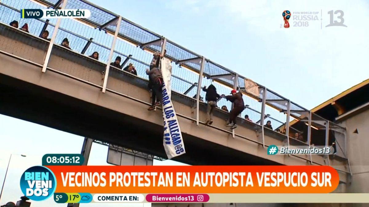 [VIDEO] Carabineros y manifestantes se enfrentan en Vespucio Sur