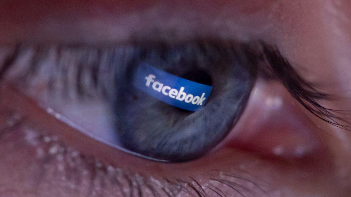 Padres de adolescente alemana fallecida son autorizados a acceder a su cuenta Facebook