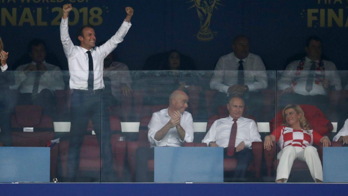 Las reacciones en Twitter por el desatado festejo de Emmanuel Macron en la final de Rusia 2018