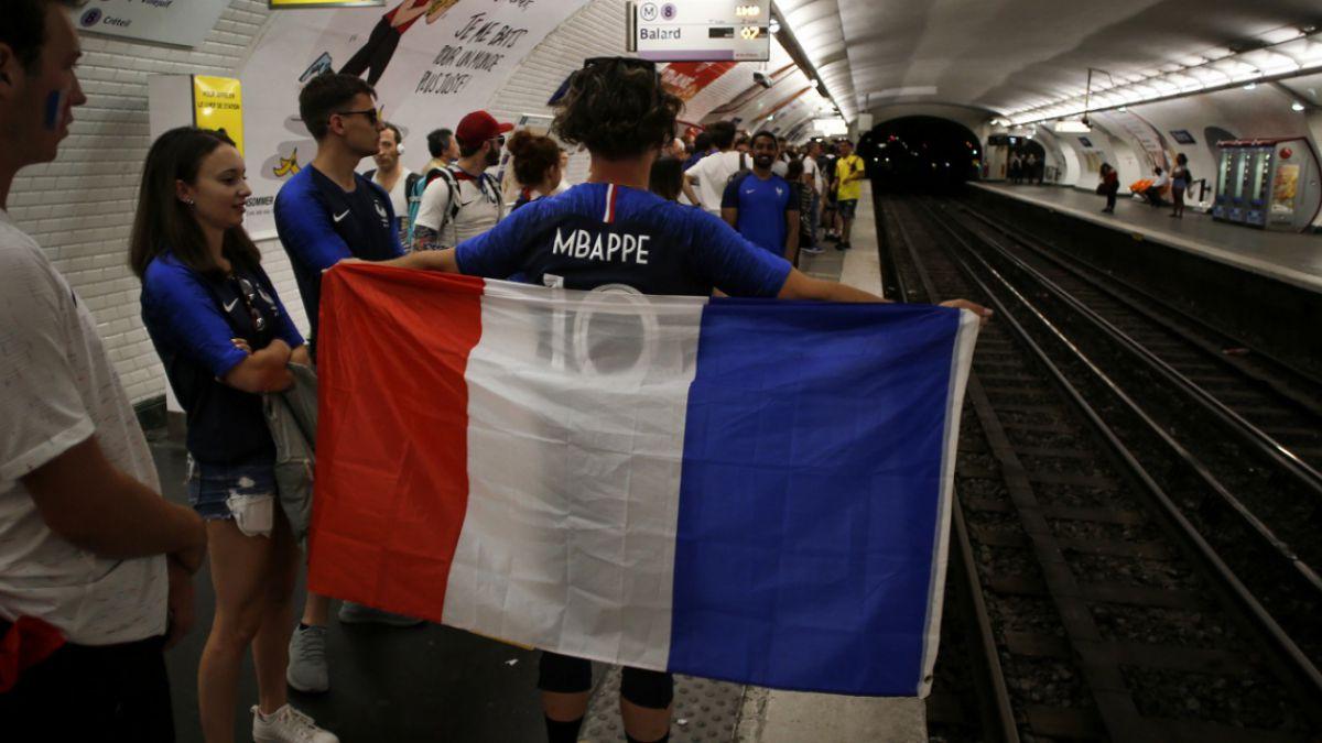 Metro de París renombra estaciones para celebrar la victoria de Francia en el Mundial