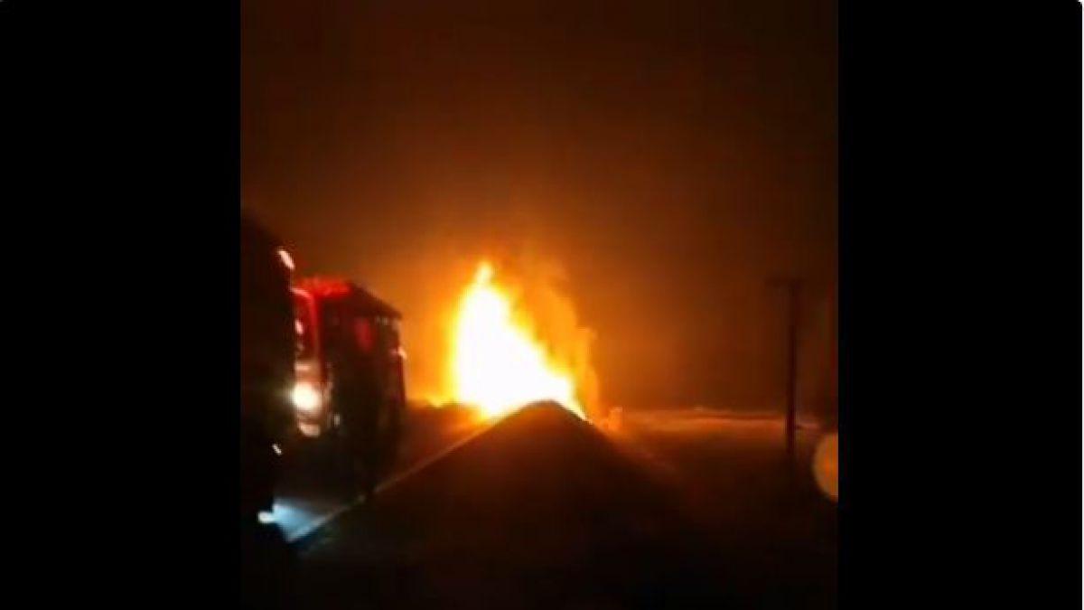 [VIDEO] Camión que transportaba gas licuado se incendia tras choque en la Región del Biobío