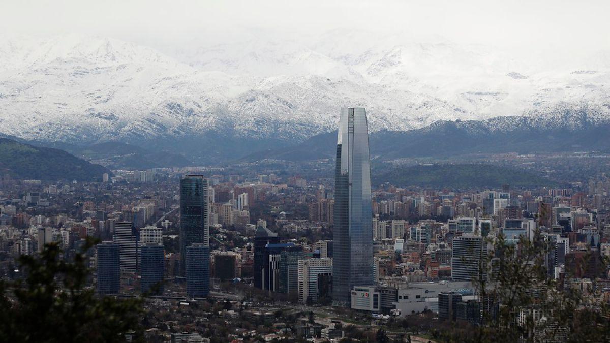 FMI sube proyección de crecimiento para Chile y lo sitúa como líder de América Latina