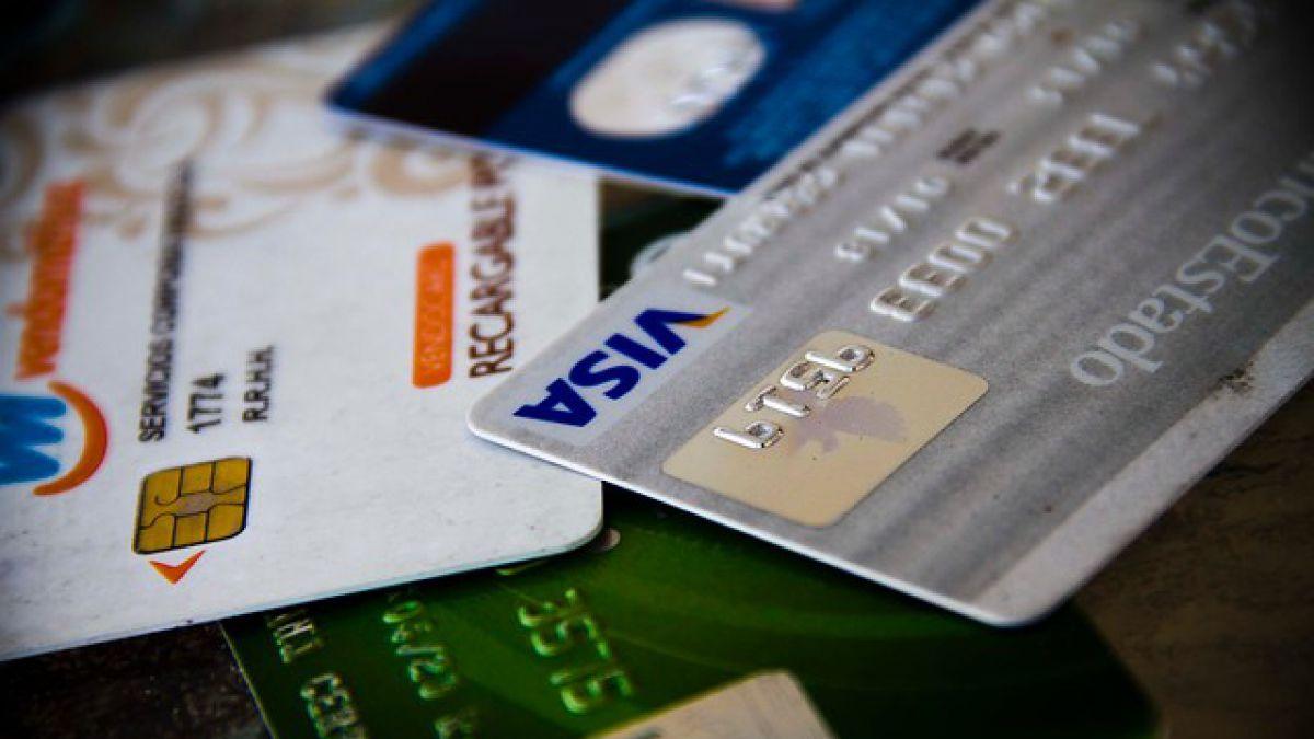 Denuncian más de 50 casos de clonación de tarjetas bancarias en Santiago